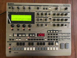 Yamaha RS7000 DJ Sequencer Sampler MINT Condition, Never Used!