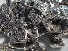 Pack of 5 metal buttons - flower design antique silver colour 13mm with shank