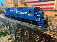 Bachmann Spectrum HO Scale Conrail GE Dash 8-40C diesel DC Powered locomotive !