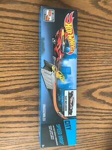 NEW Hot Wheels City Speed Drop Car Included New Sealed