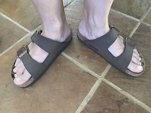 Birkenstock of Germany EU 36 AU 6 Brown Leather ARIZONA Double Buckle Sandals