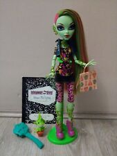 Monster High Original Ghouls Venus McFlytrap doll