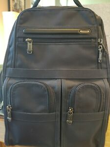 tumi backpack men