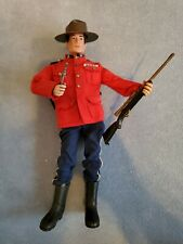 Action Team 70er Canadian Mountie Outfit/ Action Man 50th Anniversary Footballer