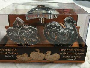 Chicago Metallic Vintage Pie Crust Cutters - Thanksgiving Turkey, Pumpkin, Leaf