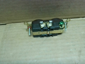 Hubbell HBL5252  2 Pole 3 Wire15A 125V  Brown Receptacle. - New In Box