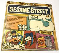 THE PETER PAN CHORUS SINGS SONGS FROM SESAME STREET VOL. 3 VINYL LP