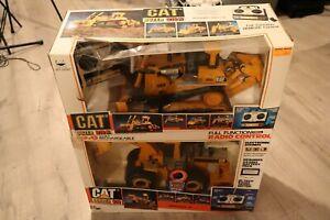2 - New Bright CAT Loader 916 & Cat Dozer D10 N 1:20 Radio Control 1980's RARE