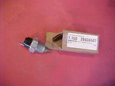 NOS TEMPERATURE SWITCH  BUICK CHEVY PONTIAC OLDS 61 62 63 64 65 66 67 68 69 70