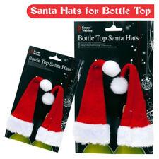 Cappelli e copricapi rossi velluti per carnevale e teatro
