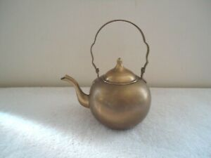 "Vintage Made In India Brass Tea Pot / Kettle "" BEAUTIFUL COLLECTIBLE ITEM """