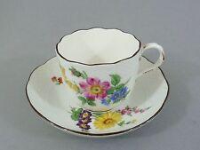 Meissen espresso-, mokkatasse con bajo platos, flores de decoración, regenerada relief borde