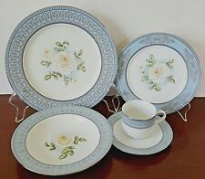 Princess Diana Dinnerware 1 Setting Blue White Rose Franklin Mint Plate Royal