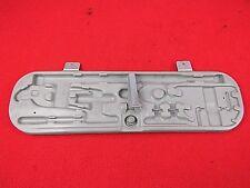 Bordwerkzeug Gewindeeinsatz Werkzeugkasten Kofferraum Clip für BMW E36 E46 *NEU*
