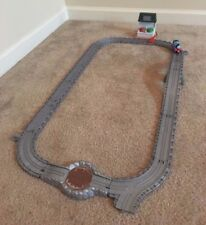 Thomas Train Take-n-Play Paint Station and Tracks from Yard Set