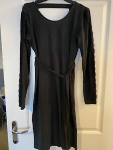Mamalicious Maternity jumper Dress with lace detail on sleeves - Size S