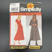 Simplicity Fabricland Vintage Sewing Pattern #0681 Misses Dress in Sizes 8-18