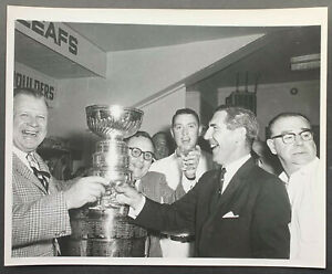 1963 NHL Hockey Photo Toronto Maple Leafs Sipping Champagne Stanley Cup Victory