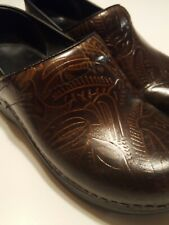 Dansko Professional Clogs Tooled Leather Shoes size 37 Womens Brown US Size 7