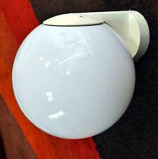 BEGA Metall Außenlampe mit Opalglas Kugelschirm