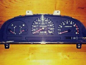 1995 Nissan Pathfinder D21 Hardbody A/T Instrument Gauge Cluster