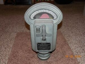 Vintage Duncan Miller Parking Meter - 5, 10, 25 cents - #143 - with key