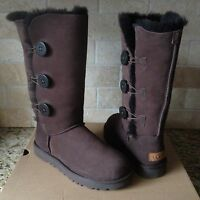 UGG BAILEY BUTTON TRIPLET TRIPLE II SUEDE CHOCOLATE BROWN TALL BOOTS US 6 WOMENS