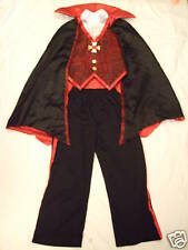 Costume complet  VAMPIRE/DRACULA  - 7/8 ans