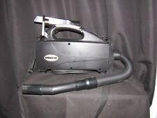 Oreck BB1200LR Vacuum cleaner w/ attachments   CLEAN!!