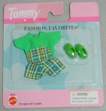 Tommy Fashion Favorites Shirt Shorts Shoes Outfit Mattel 68230 New 1999 Barbie