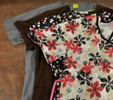 Lot of 4 Womens Scrub Tops Size Small Floral Solid