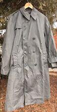 Vintage 1967's Vietnam War US Army Green 274 Cotton And Nylon Raincoat. Sz. 38S
