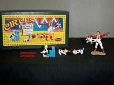 BRITAINS 8669 circus dog handler + Performing chiens metal civil Set Figure