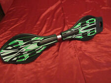 Twister Caster Board Green Black Casterboard with LED LIGHT-UP WHEELS