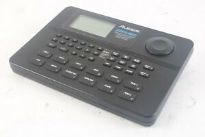 Alesis SR-16 16 Bit Stereo Drum Maschine Dynamischer Artikulation Stereo Proben