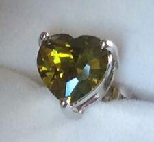 SS Heart shaped green peridot pair white gold gf stud earrings 7mm BOXD Plum UK