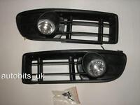 Faros Antiniebla Luces Parrilla IZQ.&DER. Set para Volkswagen Bora 1999-2005 MK4
