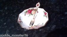 Royal Albert Old Country Roses Pickle piatto + forchetta