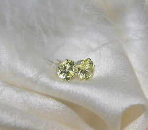Ohrstecker 6mm Quarz diamantschlif in Fassung Ohrringe Silber