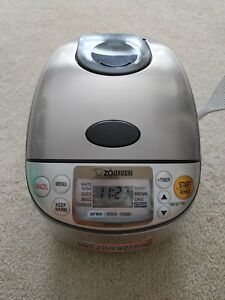Zojirushi 5.5 Cups NS-TSC10 Rice Cooker & Warmer with Steamer & Accessories!
