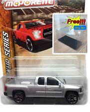 Majorette Chevrolet Silverado Silver Diecast Pick Up 1:71 217E Free Display Box