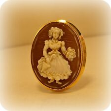 18 carat Gold Full Figure Cameo Brooch, or Pendant