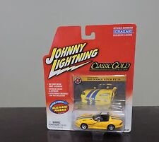 NEW ON CARD JOHNNY LIGHTNING 1995 DODGE VIPER RT/10