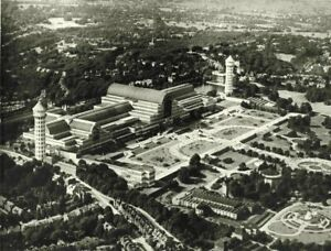 LONDON. The Crystal Palace before its destruction by fire, 1936 1943 old print