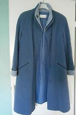 Manteau bleu un jour ailleurs