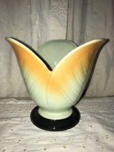 Vtg RARE! 1930-40's Moriyama Japan Pottery Art Leaf BUILT IN Flower Frog Vase
