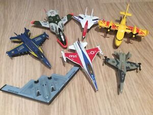 Bundle Of 7 Small Toy Die Cast And Plastic Airplanes Aircraft