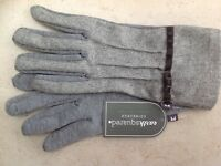 Earth Squared Plain fine Wool Grey Gloves -  BNWT - Was £15.99