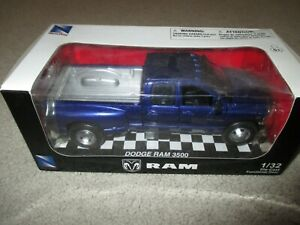 NewRay Dodge RAM 3500 Dually Pickup Truck 1:32 Scale Diecast Blue