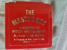 Master Key chromatic pitch instrument pitchpipe A-440 C to C, with plastic case